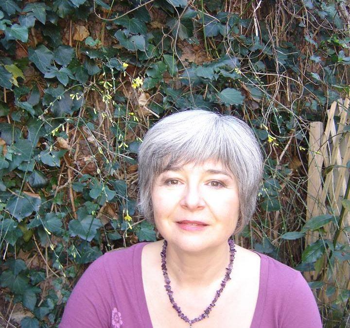 12 mois, 12 spécialistes – Hélène Bessoles : le Reiki, une boîte à outils laïque accessible à tous